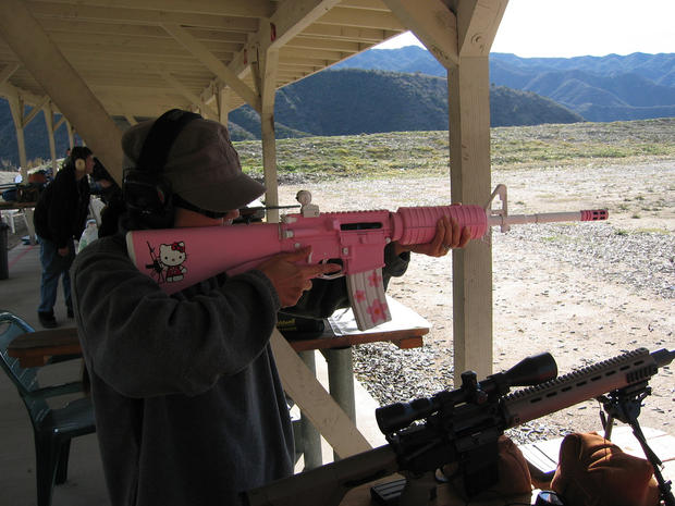 hellokitty-assault-rifle
